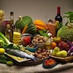 Cornucopia di cibi tipici dela dieta mediterranea